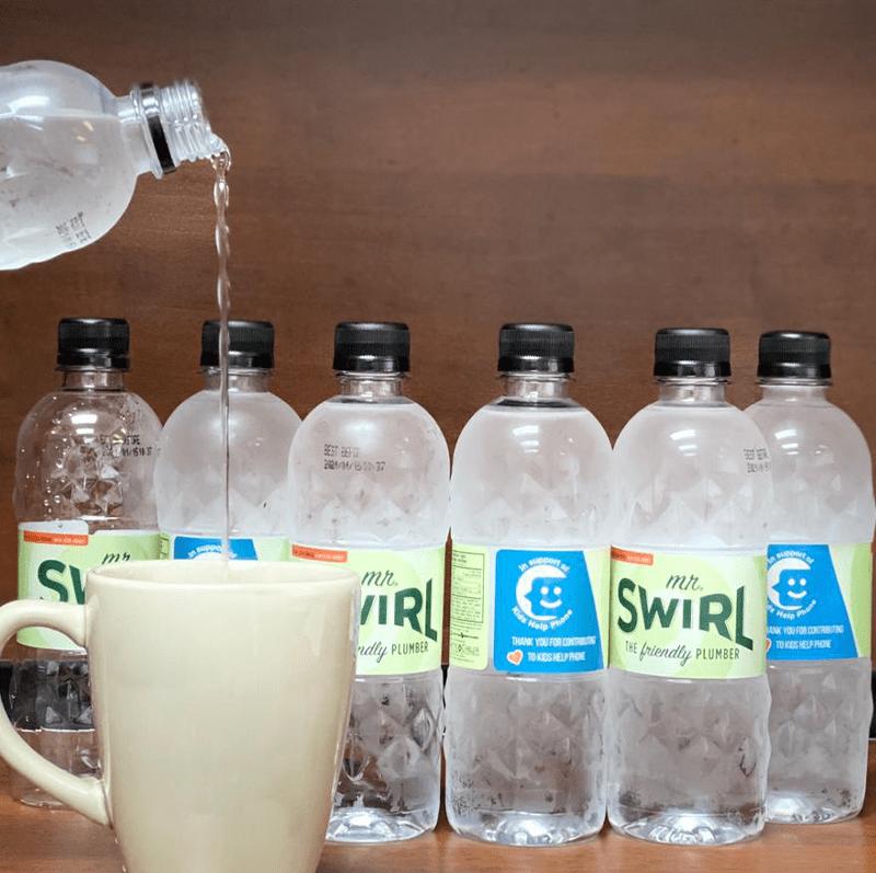 Mr Swirl volunteer - Water bottle for Kids Help Phone